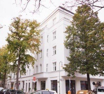At Olivaer Platz! Your commercial in refurbished old building