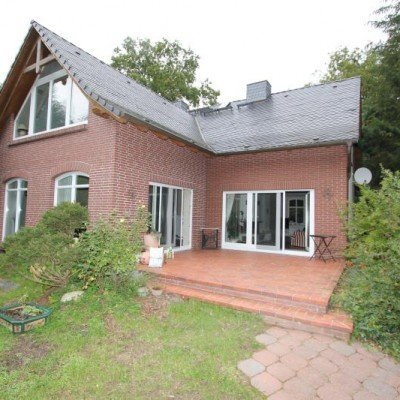 Family country house with pool in beautiful Crivitz