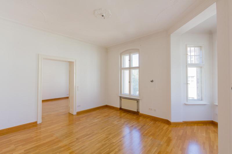 Traumhafte Altbauwohnung mit Balkon. Provisionsfrei -  Bild 6