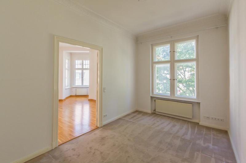 Traumhafte Altbauwohnung mit Balkon. Provisionsfrei -  Bild 7