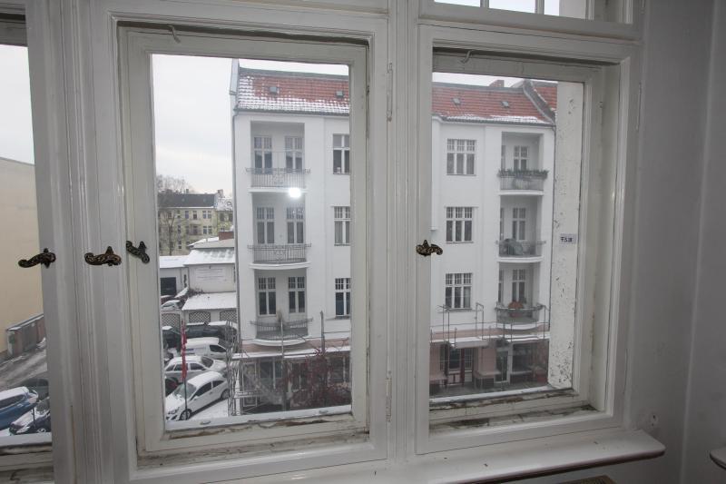 Traumhafte Altbauwohnung mit Balkon. Provisionsfrei -  Bild 13