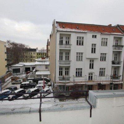 Traumhafte Altbauwohnung mit Balkon. Provisionsfrei -  Vorschau 14
