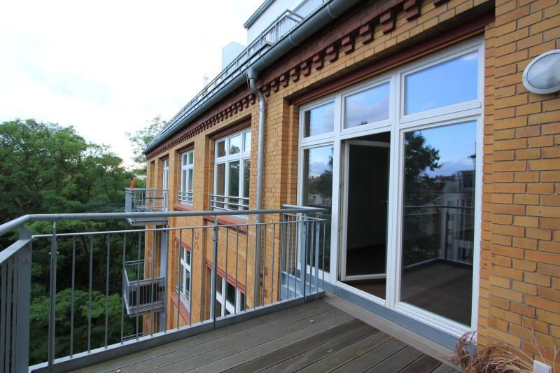 Großzügiges Loft in urbaner Stadtlage in Friedrichshain -  Bild 3