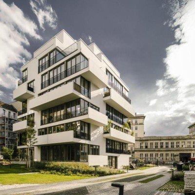 Schicke Neubauwohnung mit Terrasse