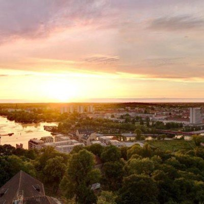 ERSTBEZUG *Sanierte Turmvilla * Exklusives Penthouse mit Dachterrasse * Wasserblick -  Vorschau 5
