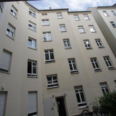 Sechs Wohnungen in einem aufgeteilten Mehrfamilienhaus in Friedrichshain
