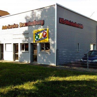 Etabliertes Autohaus mit Werkstatt in bester Lage